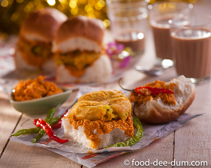 Food-Dee-Dum-Vada-Pav-Recipe-1