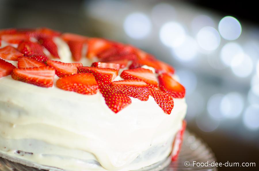 Brown Sugar Cake with White Chocolate Ganache and Strawberries