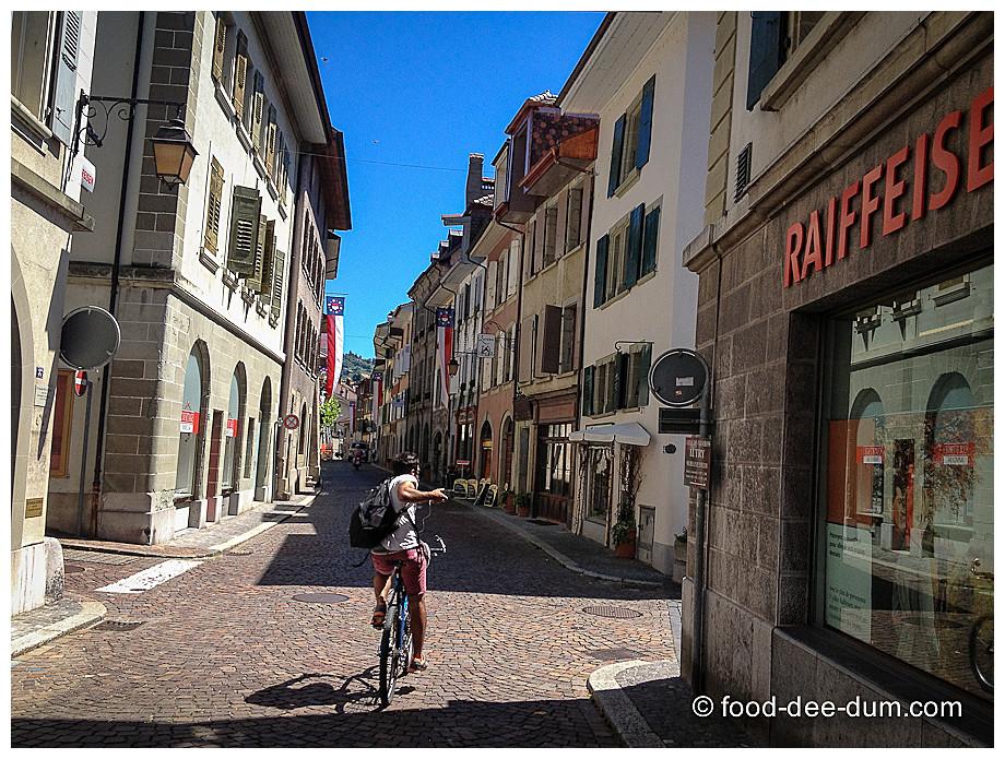 Food_Dee_Dum_in_Switzerland-17