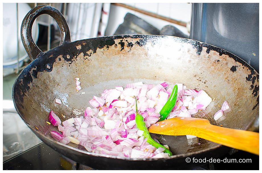 Food-Dee-Dum-Sarson-Ka-Saag-21