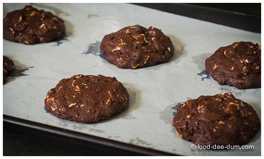Food-Dee-Dum-White-Chocolate-Chunk-Cookies-18