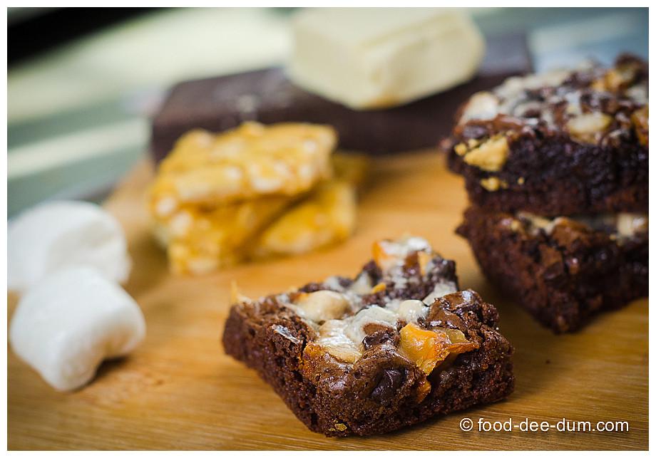 Food-Dee-Dum-Ruggedly-Loaded-Brownies-20
