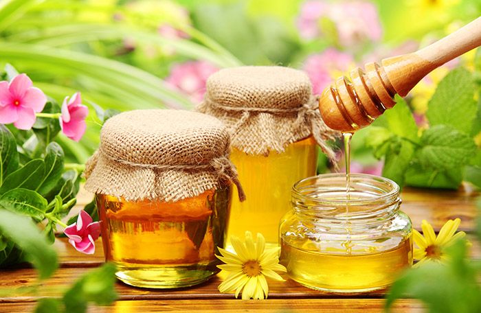 Measure oil in the liquid measure BEFORE you measure honey to prevent wastage and a sticky mess.