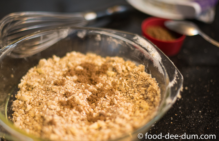 Food-Dee-Dum-Strawberry-Crumble-Recipe-9